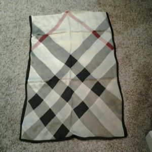 New authentic Burberry plaid check beige100% silk